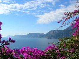 The Charming Amalfi Coast with Pompeii & Vesuvius