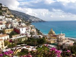 Amalfi Coast & Bay of Naples Explorer (with Pompeii, Vesuvius & Capri)